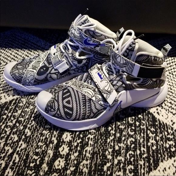 pretty nice 86abe 07abc Nike Lebron James soldier 9 Freegums. M 5b40d82aaaa5b8c967804b4a
